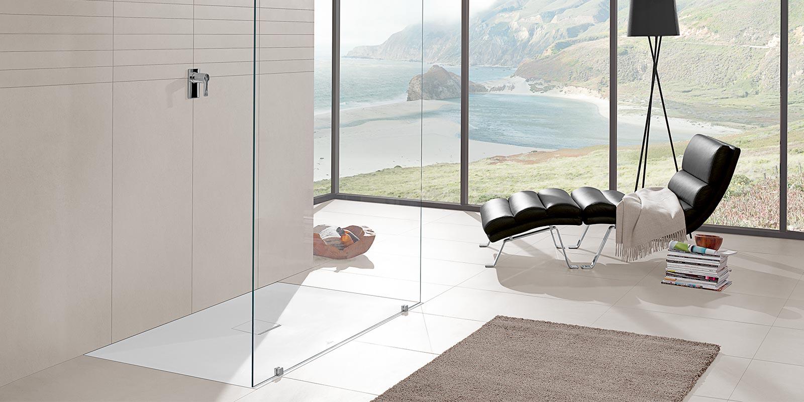 Bodenebene Duschen mit Raum zum Wohlfühlen